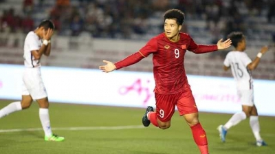 Football masculin : le Vietnam bat le Cambodge 4-0 aux SEA Games 30